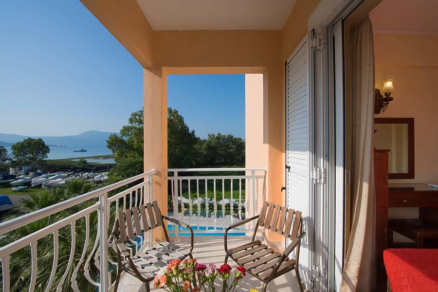 Facilities - Corfu Town Hotel - Balkoni
