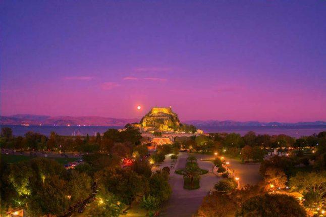 Corfu Nightlife - Corfu Town Hotel