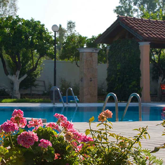 Corfu Town Hotel - Facilities - Pool & Poolbar